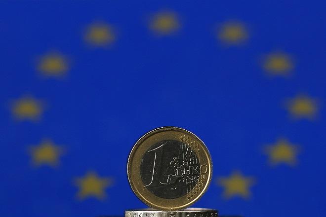 Μέτρα κατά της στασιμότητας στην Ευρωζώνη συνιστά ο ΟΟΣΑ
