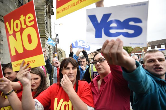 Προς «διαζύγιο» η Βρετανία με τη Σκωτία;