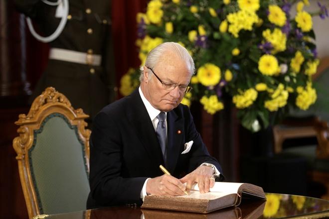 Σώθηκε από τροχαίο ο βασιλιάς της Σουηδίας