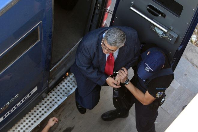 Έτοιμη η ΕΛ.ΑΣ. για τα εντάλματα συλλήψης των χρυσαυγιτών – Η περίπτωση Λαγού