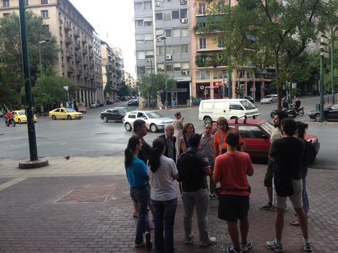 Βόλτα στην Αθήνα με ξεναγό έναν άστεγο