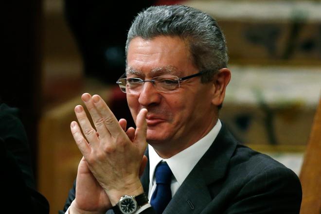 Παραιτήθηκε ο υπέρμαχος του περιορισμού των αμβλώσεων στην Ισπανία