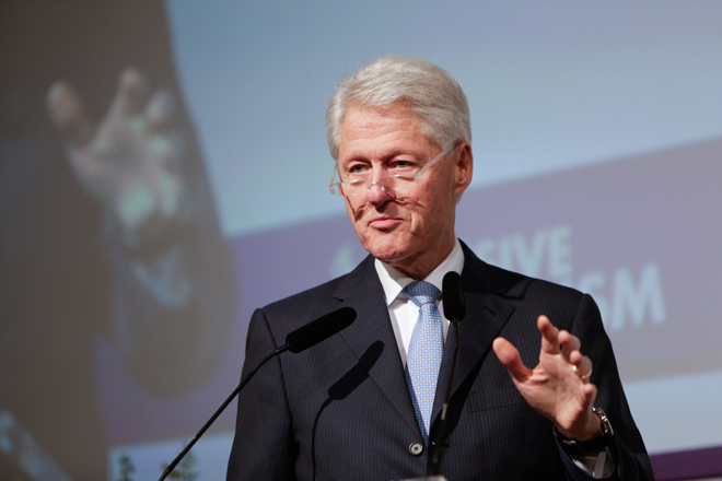 Μπιλ  Κλίντον: Οι Έλληνες δουλεύουν 25% περισσότερο από τους Γερμανούς