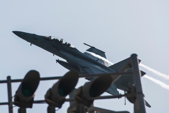 RTR47GFS usa iraq syria plane tornado