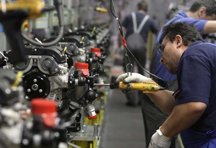Ford και General Motors υποφέρουν στην Κίνα ενώ οι γερμανικές αυτοκινητοβιομηχανίες «καλοπερνούν»