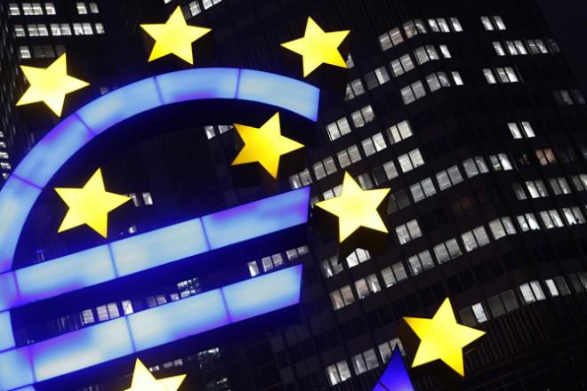ΕΚΤ: Μειωμένο ρυθμό ανάπτυξης στην Ευρωζώνη προβλέπουν αναλυτές