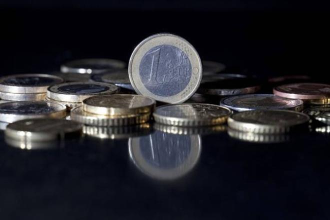 ΙΟΒΕ: Στα 6,1 δισ. ευρώ το «αποτύπωμα» του φαρμάκου στην οικονομία