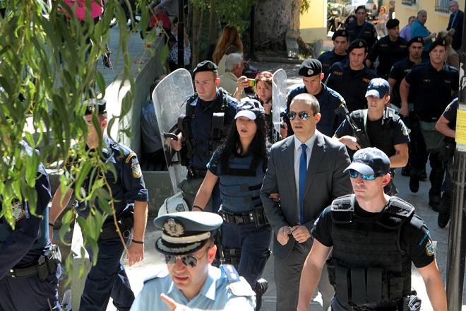 Αναβάλλεται για τον Δεκέμβριο η δίκη του Ηλία Κασιδιάρη