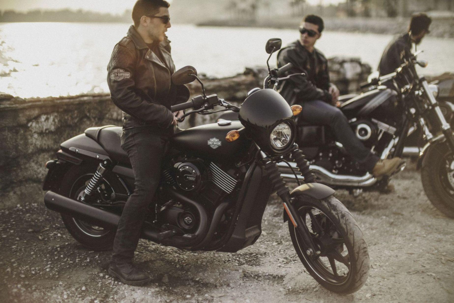 Οι νέες Harley-Davidson πατούν το γκάζι
