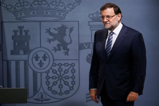 Σε «ελεύθερη πτώση» η δημοτικότητα του κυβερνώντος κόμματος της Ισπανίας