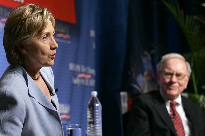 «Η Χίλαρι θα κερδίσει τις εκλογές» δηλώνει ο Γουόρεν Μπάφετ