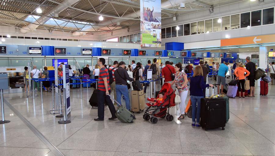 Στα «ύψη» η επιβατική κίνηση στο Ελευθέριος Βενιζέλος