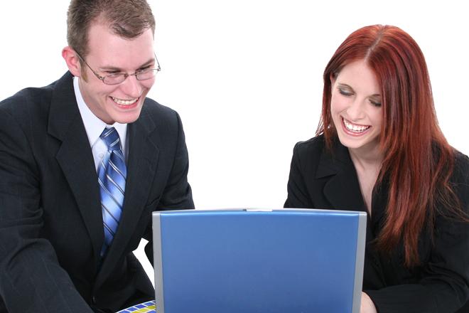 Οι διαφορές ανδρών και γυναικών στον κόσμο του διαδικτύου