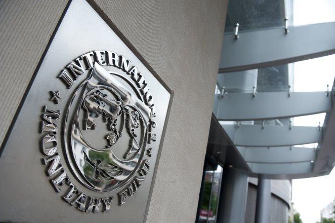 Γιατί το ΔΝΤ δεν ιδρώνει για το «κούρεμα» χρέους