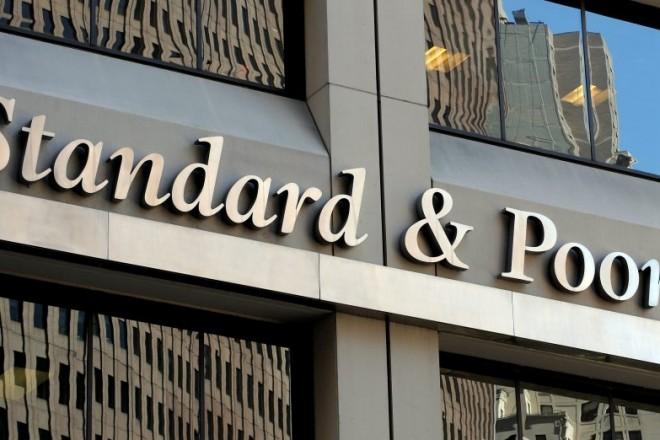 Νέες κεφαλαιακές ανάγκες για τις ελληνικές τράπεζες «βλέπει» ο S&P