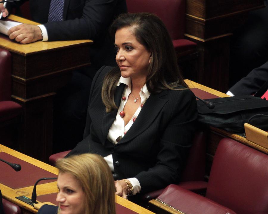Τροπολογία για τη μείωση των αντικειμενικών αξιών κατέθεσε η Ντόρα Μπακογιάννη