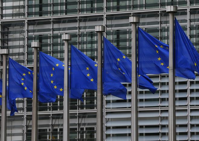 Αντίθετη με την κοινοτική νομοθεσία η «εκτίναξη» των χρεών της ΕΕ