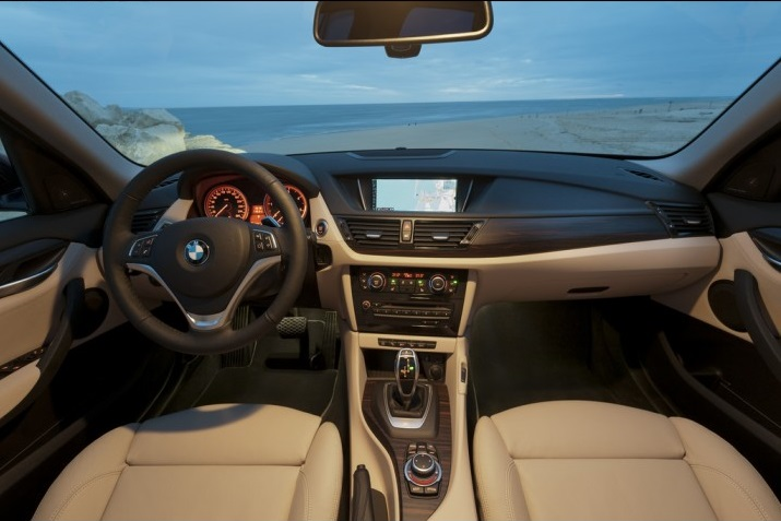 Δημοσίευμα προκαλεί «βουτιά» στις μετοχές της BMW