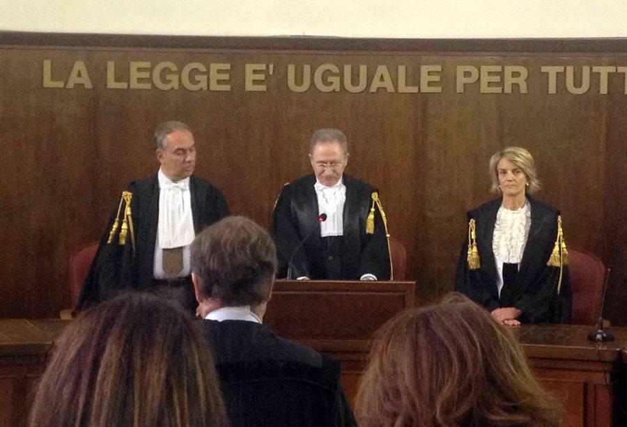 Παραιτήθηκε ο πρόεδρος του εφετείου που αθώωσε τον Μπερλουσκόνι