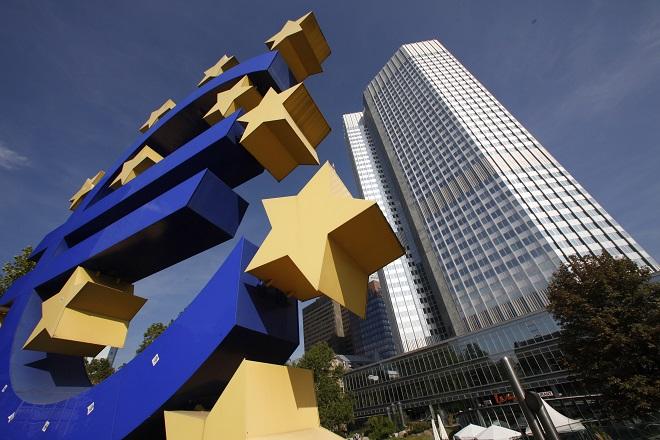 ΕΚΤ: Περαιτέρω χαλάρωση των όρων δανεισμού για τις επιχειρήσεις στο δ' τρίμηνο