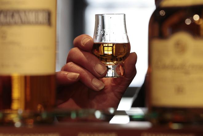 Στην υγειά του… Brexit πίνουν οι Σκωτσέζοι παραγωγοί ουίσκι