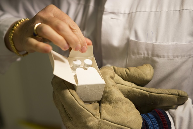 Χρηματοδότηση 24,4 εκατ. ευρώ από την ΕΕ για τη θεραπεία του Έμπολα