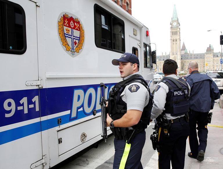 Ένοπλος άνοιξε πυρ στο Φρέντρικτον του Καναδά – Τέσσερις νεκροί
