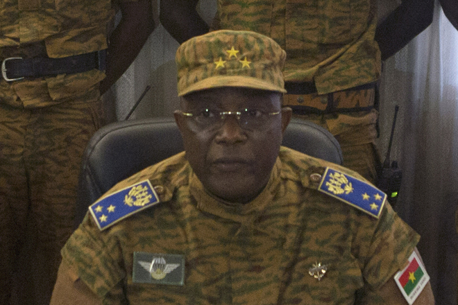 Ο στρατηγός Τραορέ αναλαμβάνει καθήκοντα προέδρου στην Μπουρκίνα Φάσο