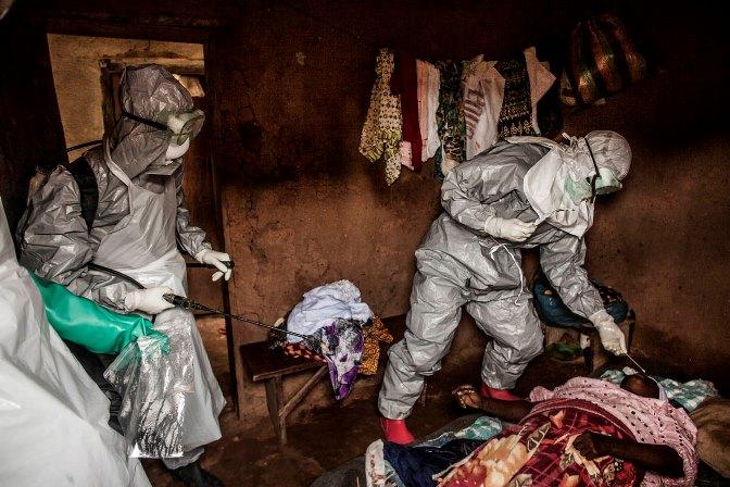Ο ιός Έμπολα έχει εξολοθρεύσει ολόκληρα χωριά