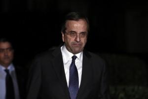 σαμαρας Greece's Prime Minister Antonis Samaras exits the Presidential palace in Athens
