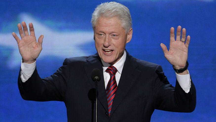 O Μπιλ Κλίντον στηρίζει την Ελλάδα