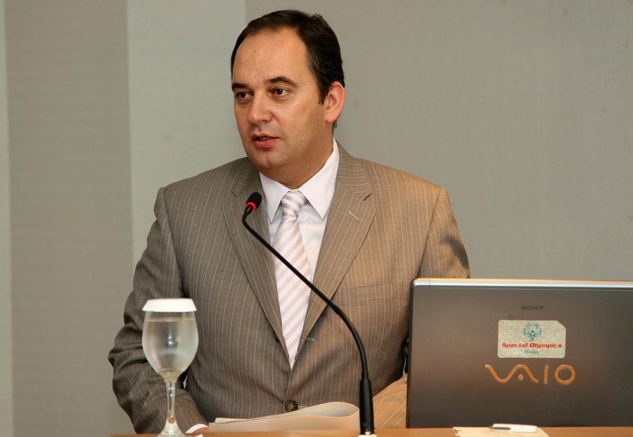 Πόρους έως 700 εκατ. ευρώ κατά της ανεργίας ανακοίνωσε το υπ. Εργασίας