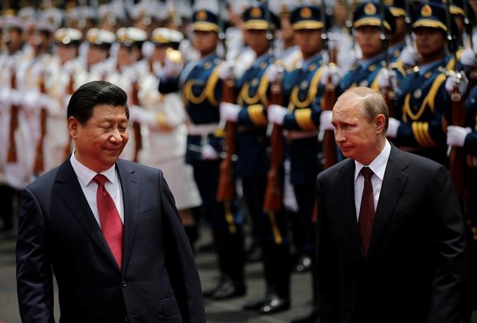 Επενδύσεις 1,2 τρισ. δολαρίων την επόμενη δεκαετία από την Κίνα