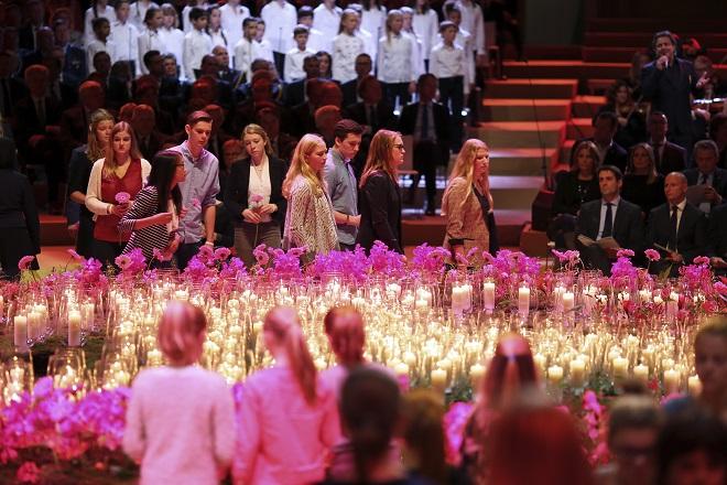 Συγκίνηση στην εκδήλωση μνήμης για τα θύματα της πτήσης ΜΗ17