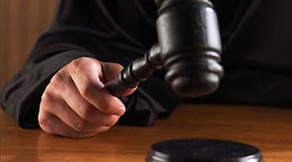 Επίτροπος στο Ελεγκτικό επί 27χρόνια με πλαστά πτυχία