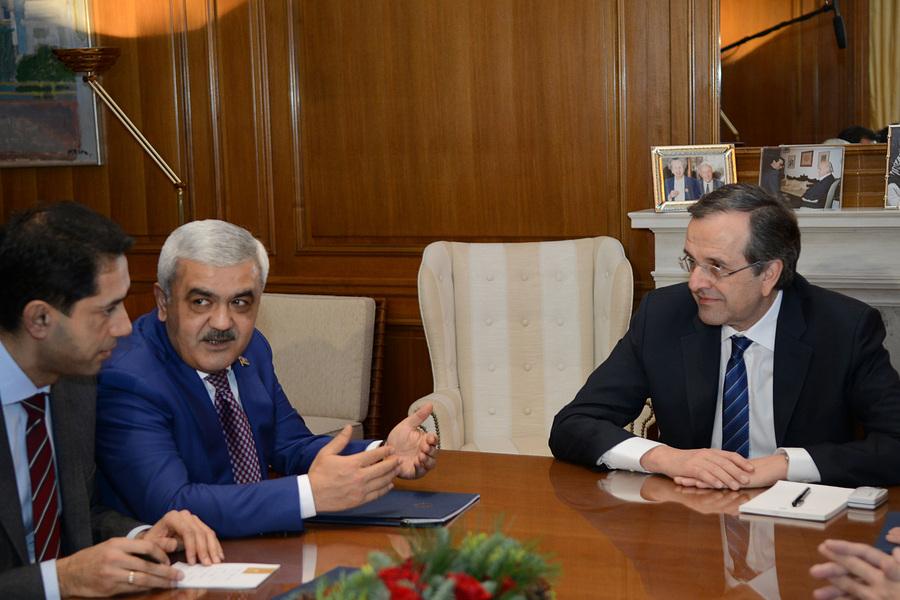 Σαμαράς και πρόεδρος της SOCAR συζήτησαν για το μέλλον της ΔΕΣΦΑ