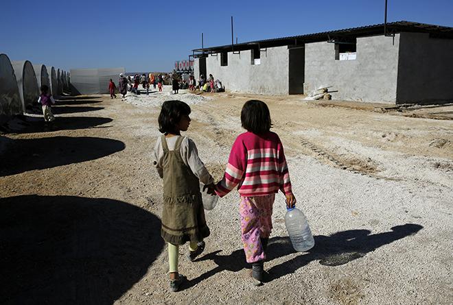 Ξεπερνούν τα 13 εκατομμύρια οι πρόσφυγες από Συρία και Ιράκ