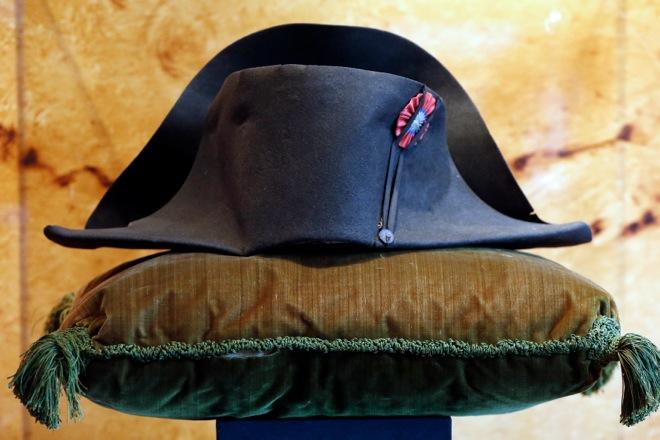 Καπέλο του Ναπολέοντα πωλήθηκε για 1,9 εκατ. ευρώ!