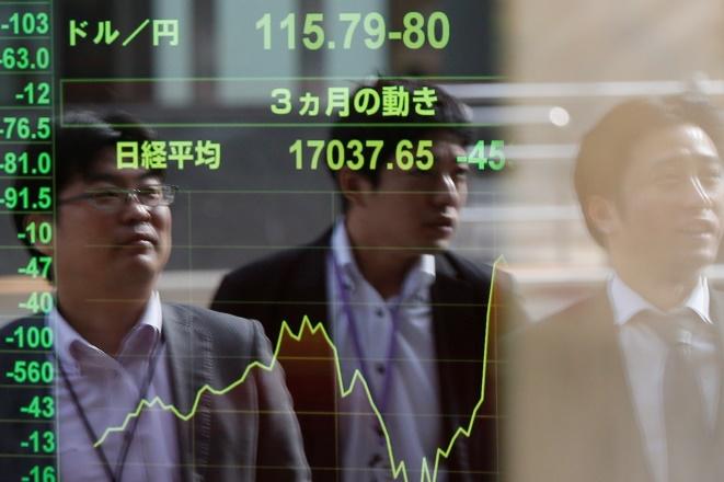 Το φάντασμα της ύφεσης κυνηγάει την Ιαπωνία