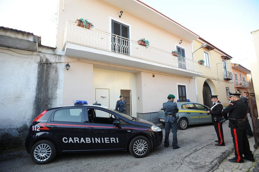 Συλλήψεις δεκάδων μαφιόζων ξεσκεπάζουν τη δράση της Ντραγκέτα στην Ιταλία