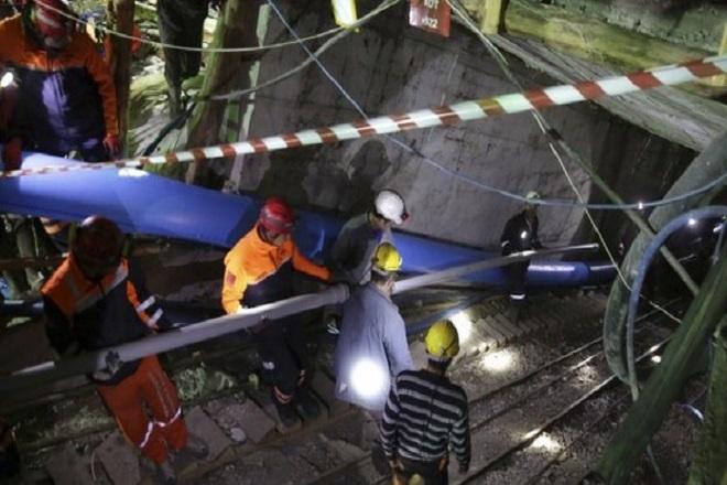 Τα σωστικά συνεργεία ανέσυραν δεκάδες νεκρούς στο ορυχείο στην Ερμενέκ