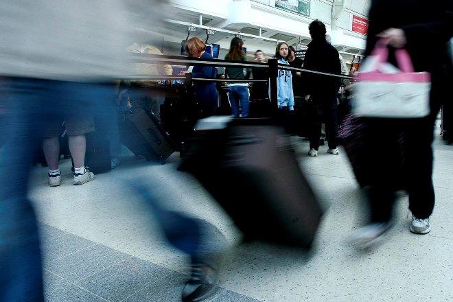 «Παρελθόν» οι τουρίστες με βαλίτσες με ροδάκια στη Βενετία
