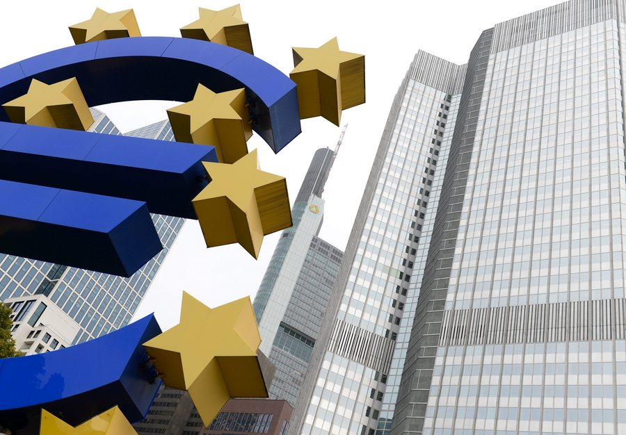 Bloomberg: Η ΕΕ θα ρίξει 21 δισ. ευρώ για επενδύσεις