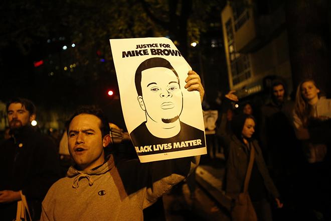 Φέργκιουσον: Άδικη η απόφαση, όχι στις βίαιες διαδηλώσεις