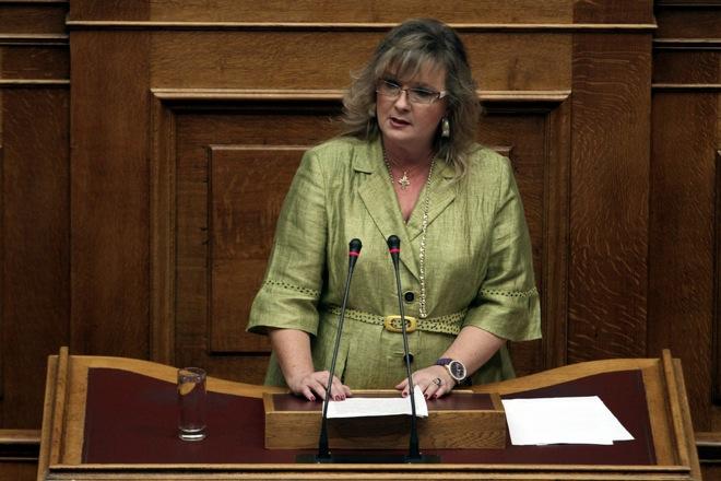 Στην Επιτροπή Δεοντολογίας οι καταγγελίες για απόπειρα δωροδοκίας βουλευτών