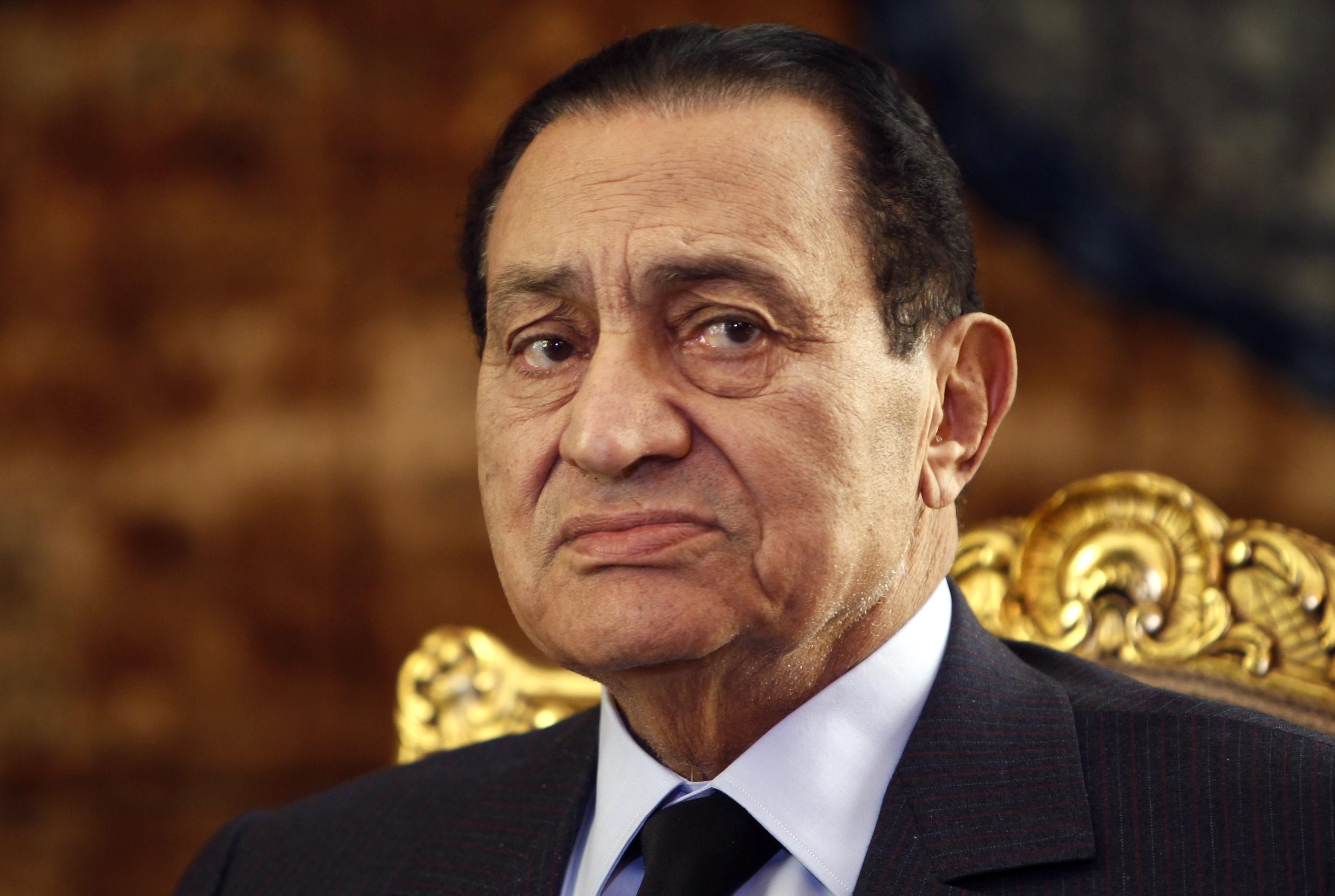 Αθώος ο Μουμπάρακ για δολοφονίες διαδηλωτών και υποθέσεις διαφθοράς