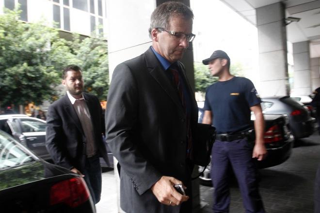 Spiegel: Τρίτο πακέτο διάσωσης ύψους 10 δισ. ευρώ για την Ελλάδα