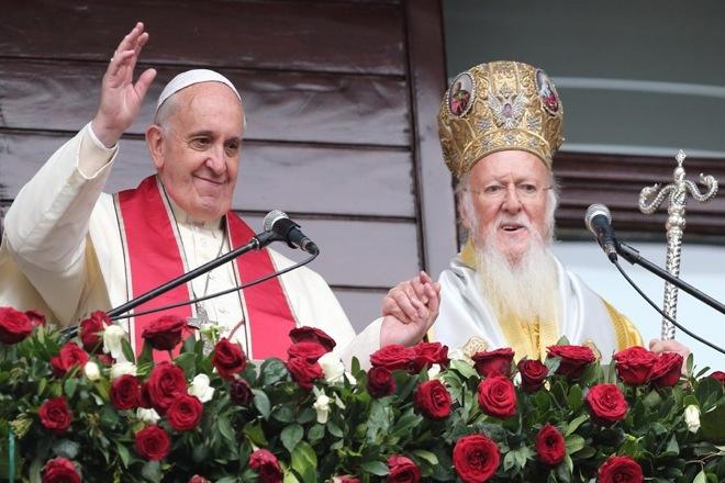 Κοινή Θεία Λειτουργία από τον Πατριάρχη Βαρθολομαίο και τον Πάπα Φραγκίσκο