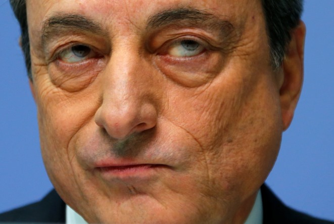 FT: Σκληρή στάση της ΕΚΤ – «Φρένο» στο αίτημα για έντοκα 10 δισ. ευρώ