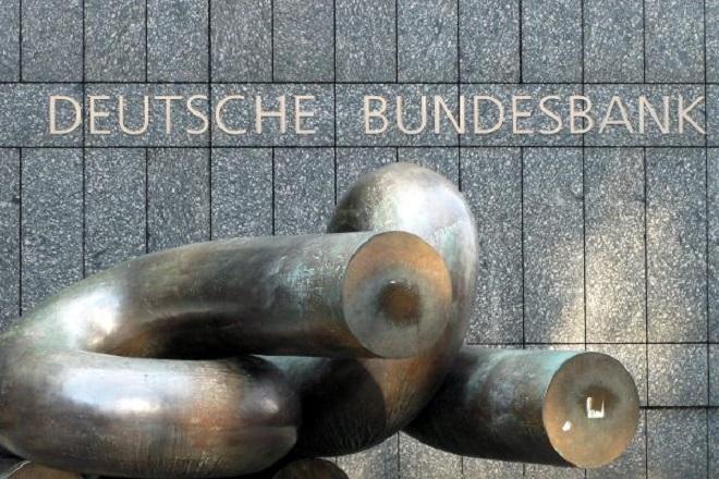 Προειδοποίηση της Bundesbank για τους κινδύνους που αντιμετωπίζει η γερμανική οικονομία